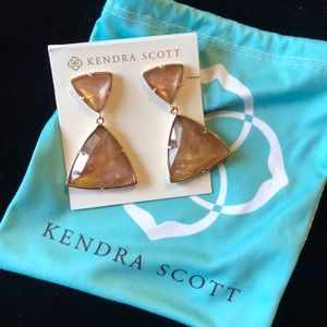 Kendra Scott Maury Pearl Earrings